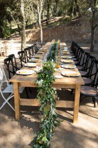 banquete-exterior-decoracion-boda-valles-tapetes-flores